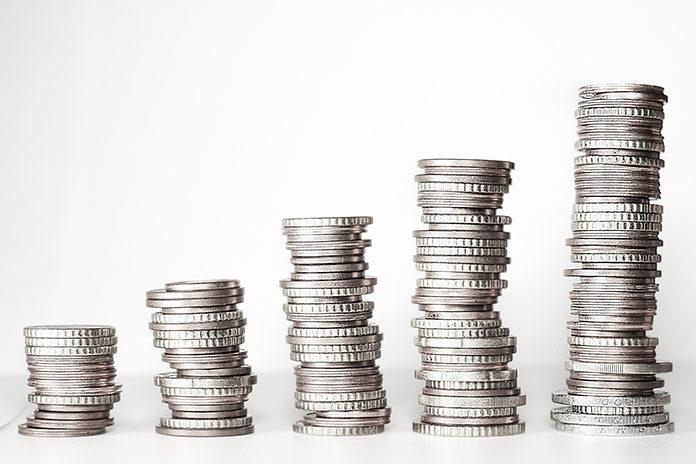 Jak inwestować w swoje finanse? Oto porady dla początkujących
